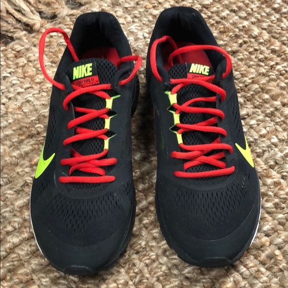 size 40 c38e6 483c4 MEN'S NIKE RUNNING SHOES. Zoom Structure 17.